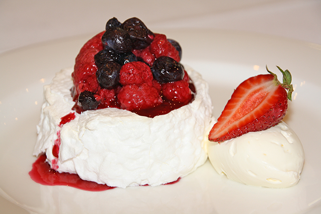 Patterson River Golf Club Function Venue Dessert Italian Merangue with red berries