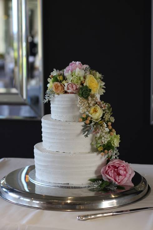 3-tier-maggie-buttercream